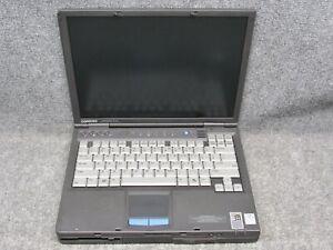 """Compaq Armada E500 14"""" Laptop Intel Pentium III 800MHz 320MB RAM *NO HDD*"""