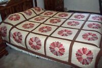 """#694 NEW DRESDEN PLATE QUILT 89""""x89"""" HAND STITCHED, CHEATER TOP PATTERN - QUEEN"""