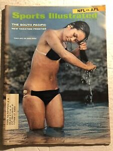 1968 Sports Illustrated SWIM SUIT Issue SUPER BOWL II Preview PACKERS vs RAIDERS