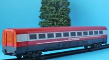 HORNBY JUNIOR  CENTRE COACH from EXPRESS TRAIN SET R1215 SET OO/HO + SUIT JOUEF