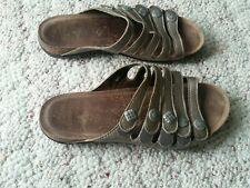 Women's Dansko Tan Leather Adhesive Strap/Sandals Size 40 US 9.5-10