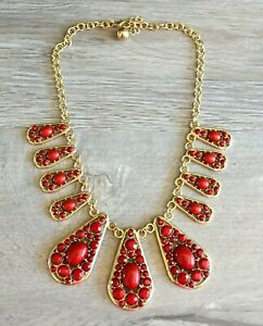 """Maroon Red Faceted Cabochon & Gold Tone Teardrop Necklace 18"""""""
