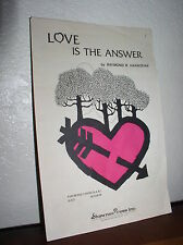 Choral Music: Love is the Answer by Raymond Hannisian (S.A.B)-Shawnee Press(D221