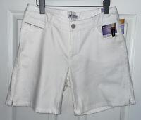 NWT Lee Sz 12 Bermuda Walking Shorts White Cotton Stretch Mid Rise Pockets