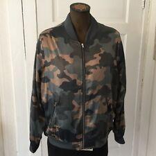 Bobeau Women's Camouflage Jacket Size L Full Zip Silky Zip Pockets Lightweight