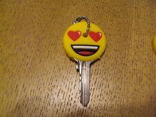 1 cache clé porte clef emoji emoticon emoticone silicone plastique key capuchon