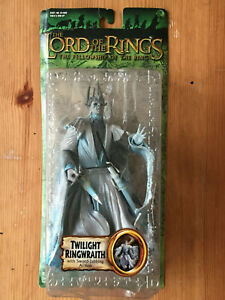 Toybiz Lord of the Rings Twilight Ringwraith With Sword-Jabbing Action
