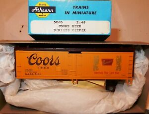 HO SCALE ATHEARN 40' COORS BEER SCRIBED REEFER KIT NOS