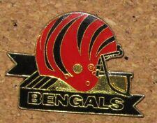 VINTAGE PIN  HELMET FOOTBALL FOOT TEAM NFL USA CFL CANADIAN BENGALS