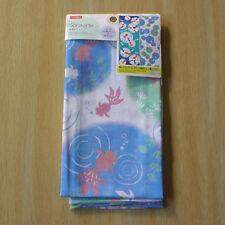 Japanese tenugui towel --  goldfish (white based towel) / Le tenugui japonais