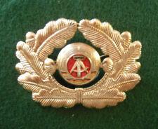 EAST GERMAN ARMY OFFICERS CAP BADGE