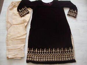 Agha Noor Ready Made designer Velvet Suit  Embroidered 2021 2pc