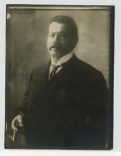 Portrait du Professeur Preuss (auteur du projet de la nouvelle constitution de l