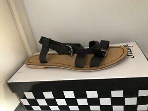Kenji Black Sandals