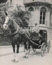 PARIS c. 1947 - Cocher Fiacre Cheval - NV 751