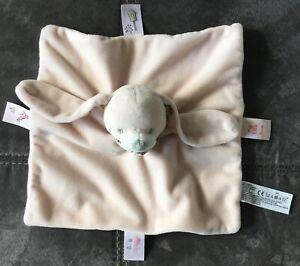 Doudou Lapin rose oreilles maison oiseau Boutchou Monoprix
