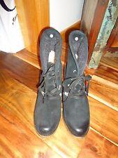 UGG Australia Calynda Black Lace Up Boots 9.5 NWOB