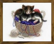Kittens in a basket cross stitch kit Riolis 1724 (24*30)
