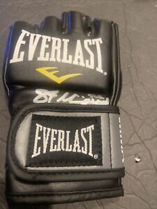 AUTOGRAPHED/SIGNED EVERLAST MMA MIXED MARTIAL ARTS BLACK BOXING GLOVE