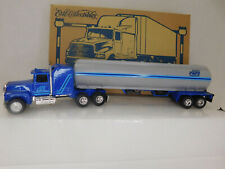Ertl Collectable Ford Areomax Truck