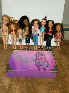 Bratz lot of Dolls Accessories Shoes Clothes Huge Lot Dolls ENVOGUE CASE