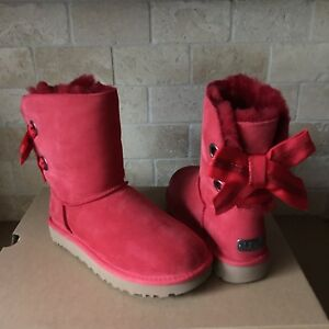 UGG CUSTOMIZABLE SHORT BAILEY BOW RIBBON RED SUEDE FUR BOOTS SIZE 6 WOMENS