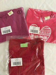 Super cute Set of 3: 1 top + 2 dresses Crazy 8 for girl's S( 5-6y ) ret.$56 A15
