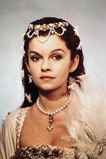Anne Of The Thousand Days Genevieve Bujold Studio Portrait 11x17 Mini Poster