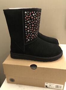 NWT UGG Size 8 Classic Short Stud II Boot BLK Black