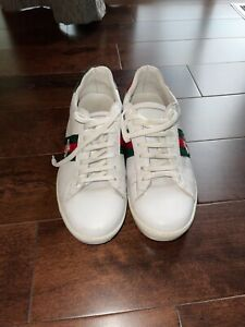 Men Gucci sneakers.Size 41 .fit 8,5-9.