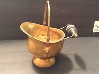 Vintage Brass Lion Head Coal, Fireplace Ash Scuttle Bucket with Wood Handle