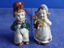 Dutch Boy & Girl Salt & Pepper Shaker Set VINTAGE Japan Cork bottom