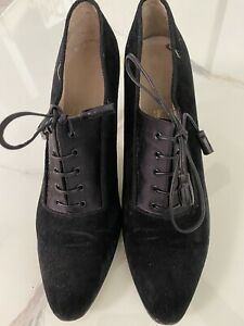 Vintage Salvatore Ferragamo 1940s Style Black Suede Shoes W Leather Laces -  9.5