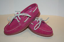 Sperry top sider A/O 2 eye fuchsia  suede Women's size 5 m