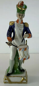 VINTAGE / ANTIQUE CAPODIMONTE 'TROMMLER' 1804 NAPOLEONIC SOLDIER FIGURE DRUMMER