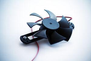 Frameless fan for MakersLED SLIM heatsink with screw mounting flange; 83 mm 12V