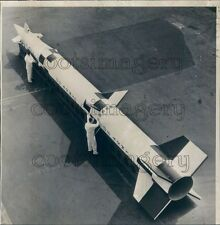 1968 Technicians w LIM-49 Spartan Long Range Interceptor Missile  Press Photo