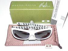 Oakley Montefrio white pinstripes Shaun White garage hoolbrok HIJINX Jupiter