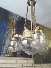 Lámpara antigua de techo
