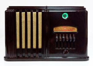Old Antique Bakelite Airline Vintage Tube Radio - Restored Working w/ Tuning Eye