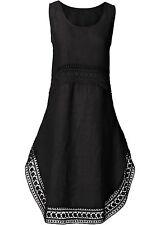 Hübsches Kleid mit Spitzenverzierung  Gr.34