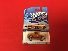 1:64 Hot Wheels Cool Classics Spectrafrost '29 Ford Pickup Gold