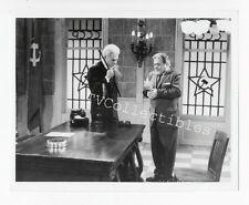 7x9 TV Press Photo HAIL TO THE CHIEF ~ 1985 ~ Dick Shawn ~ Reuven Bar-Yotam