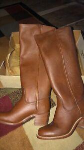 Frye Vintage Boots Women's Size 6 B Color: Walnut
