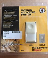New Pass & Seymour Motion Activitated Light Switch for Bedroom Mcuiv