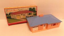 PLASTICVILLE USA Ranch House COMPLETE plastic O-S scale KIT Bachmann 1951 w/Box