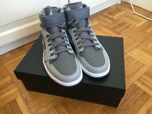 Air Jordan 1 Hi FlyEase, taille 41, neuves, provenance : Nike