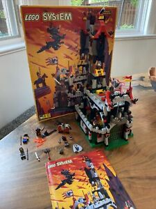 Lego Castle: 6097 Night Lord's Castle 1997 Near Cmplete With Instructions & Box