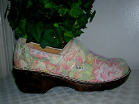 Born(b.o.c)Norda Pink Floral Leather Slip On Clogs/Shoes Women's Size 9.5 new