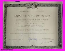 DIPLOME OFFICIER ORDRE NATIONAL MEDECIN CHEF 1977